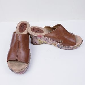 B.O.C Brown Leather Floral Wedge Sandals 8